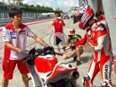 Casey Stoner back on track - Sepang 2016 Ducati Desmosedici GP16