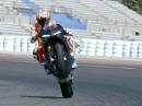 Casey Stoner testet die Ducati Panigale V4 in Valencia