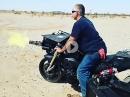 Chuck Norris?! M134 Minigun an Motorrad - Amis halt
