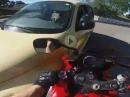 Roadrage: Kreuzung, Crash, Scheibe eingeschlagen ...
