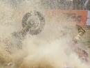 Crash beim Finale Red Bull Romaniacs 2013 - die Überquerung eines Teiches