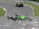 Crash Compilation: Motorrad vs Nordschleife vs Auto: Viel Öl und keine Sturzzonen