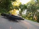 Crash: Honda CBR600RR Lowsider - ein Tick zu früh am Gas ...
