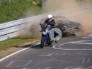Crash Nordschleife - Motorrad Glück / Auto Pech - Alter ...