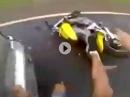 Crash! Spaken auf Hornet überholt rechts nach Überholvorgang
