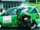Crashtest Auto vs. Motorrad - Seitenaufprall eigentlich chancenlos