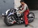 Custombike 'Shuriken' futuristisch - und 'es lebt'