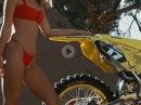 Dani Hamilton Pinup Shooting / Suzuki RM125 BikePorn