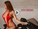 Dania Estrada vs Hayabusa - Hammerfrau da balzt der Falke