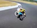 Der Zwerg ist geil!!! Minibike / Pocket Bike - Rossis Nachfolger :-)