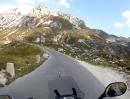 Die Alpen -Motorradfahren mit Überraschungen