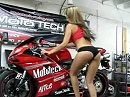 Motorrad Prüfstand - Die blonde Gretel bringt locker 10 PS am Hinterrad