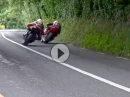 Die Kurve geht voll (260 km/h) Roadracing is dangerous