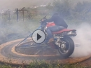 Donut Maschine: Ring of Fire mit Honda VFR 750