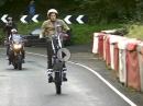 Dougie Lampkin - Wheelie Runde auf der Isle of Man in 1 1/2 Stunden.