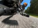 Ducati Crash - auf dem Ellbogen in's Grün - Lowsider - Selfie