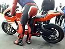 Ducati Desmosedici RR markiert lautstark ihr Revier