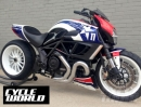 Ducati Diavel Drag Racer für Ben Spies - Würdig