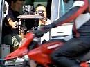 Ducati Hypermotard Backstage Videodreh in der Stadt