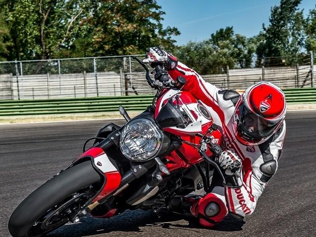 Ducati Monster  Wheelie