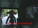 Ducati Monster Burnout im VW-Bus