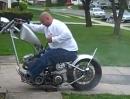 Durchgeladener Burnout: Irgendwann will das Motorrad heim, hat die Schnauze voll - crash