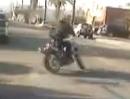 Ecosse Heretic ($65k Bike) Affen gemacht, Hahn gespannt, Gripverlust, Crash