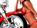 Zwei Zweizylinder in rot - Rennegate Wheels