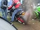 Eingegraben - Honda Hornet Burnout