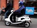 Elektro Motorroller MIT Motorsound kombiniert mit Werbung - Marketing perfekt ?!