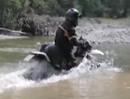 Enduro Balkan Extrem Tour: Krasse Wasser- bzw. Fluß Durchfahrt