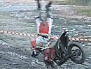 Enduro Frontflip, Überschlag: Perfekte Körperspannung - Motorrad Crash