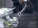 Engine Porn: Aluminium Motorradhelm: Frästechnik perfekt! - Für CNC Freaks Geil