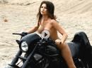 Erotik Playboy Shooting mit Anna - einatmen, ausatmen ...