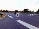 FlyBy BMW S1000RR mit Akrapovic Race - Entenpelle