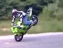 Geiler langer Stoppie - Motorradstunt