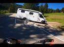 Geiler Pass: Riedbergpass mit Aprilia Tuono V4 incl. Bumscontainer Horror