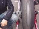 Geiles Pirelli Reifenbild - Reifenmörder Isle of Man