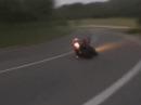 Grölen aus dem Tal: Kawasaki ZX10R Shark Street GP Flyby