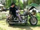 Harley and blue Nylons: Grazile Bewegungen, Beine bis zum Himmel ...