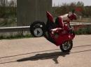 Hammer: Ducati Einhand Stoppie - Könner!