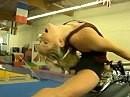 Harley Gymnastik - neue olympische Disziplin? Turnen am V-Twin
