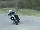 Highspeed Drift: Ist die Straße einmal krumm, feuer halt im Drift herum!