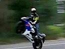 Highspeed Powerwheelie Suzuki GSX-R