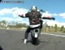 Hohey Designs - Motorrad Stunts - Grazy