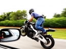 Battle: 2x Honda CBR1000RR vs. Toyota Supra 1:1