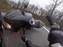 Honda Crash: Kurve, Hinterrad Rutscher = ab in den Wald - Fahrer OK