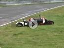 Honda Crash Nürburgring: Ausritt, Wiese nass, ab in Gras ... und weiter