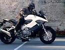 Honda Crossrunner VFR800X - offizielles Video