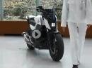 Hammer: Honda Riding Assist: Motorrad fällt nicht um und folgt Dir! Self-balancing
